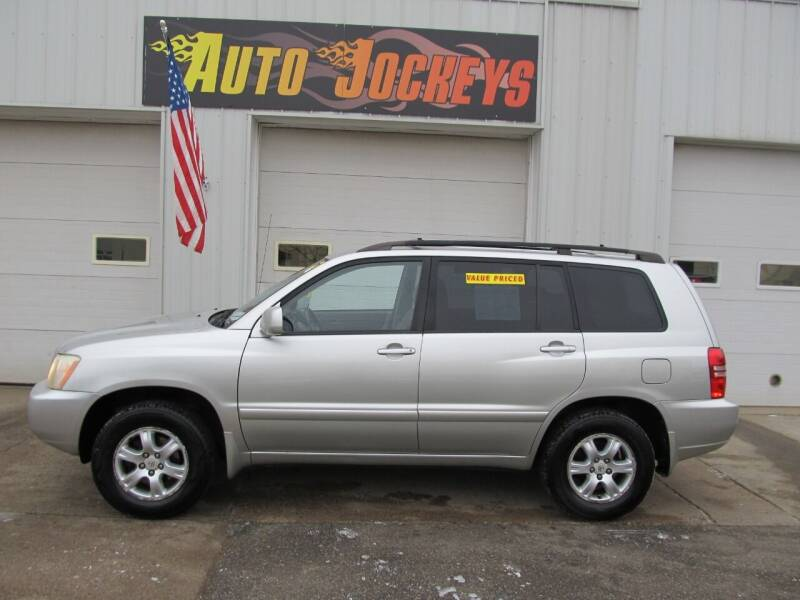 2003 Toyota Highlander for sale at AUTO JOCKEYS LLC in Merrill WI