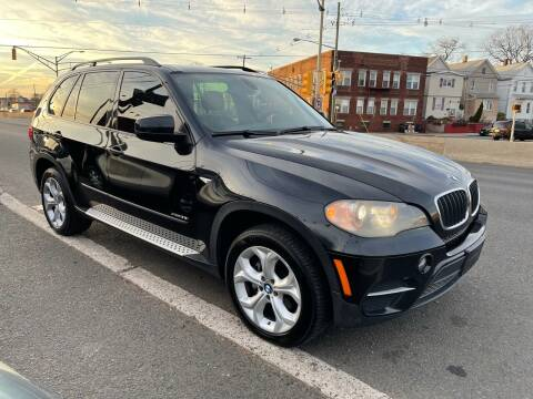 2011 BMW X5 for sale at G1 AUTO SALES II in Elizabeth NJ