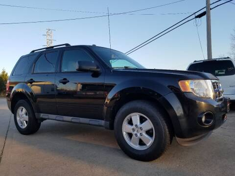 2010 Ford Escape for sale at CarNation Auto Group in Alliance OH