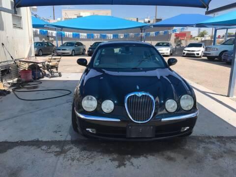 2003 Jaguar S-Type for sale at Autos Montes in Socorro TX