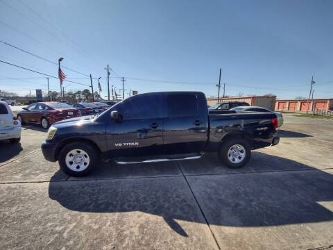 2006 Nissan Titan for sale at BIG 7 USED CARS INC in League City TX