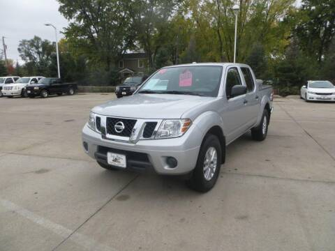 2016 Nissan Frontier for sale at Aztec Motors in Des Moines IA