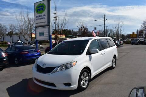 2012 Toyota Sienna for sale at Rite Ride Inc in Murfreesboro TN