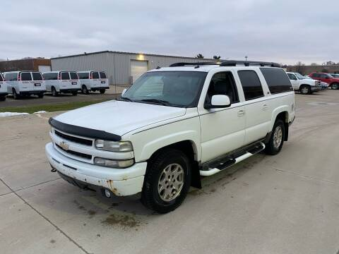 2003 Chevrolet Suburban for sale at JE Autoworks LLC in Willoughby OH