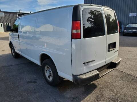 2006 Chevrolet Express Cargo for sale at MX Motors LLC in Ashland MA