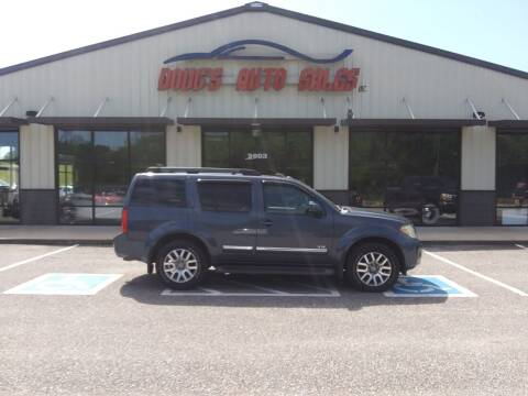 2008 Nissan Pathfinder for sale at DOUG'S AUTO SALES INC in Pleasant View TN