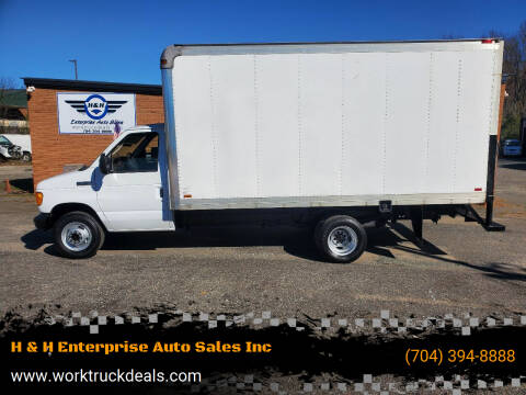2007 Ford E-Series Chassis for sale at H & H Enterprise Auto Sales Inc in Charlotte NC