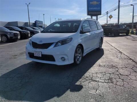 2013 Toyota Sienna for sale at Strosnider Chevrolet in Hopewell VA