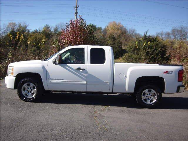 2009 Chevrolet Silverado 1500 for sale at Broadway Motors LLC in Broadway VA