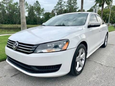 2014 Volkswagen Passat for sale at CLEAR SKY AUTO GROUP LLC in Land O Lakes FL