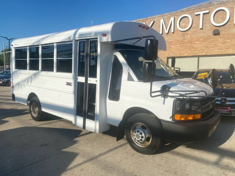 2011 Chevrolet Express Cutaway for sale at Windy City Motors in Chicago IL