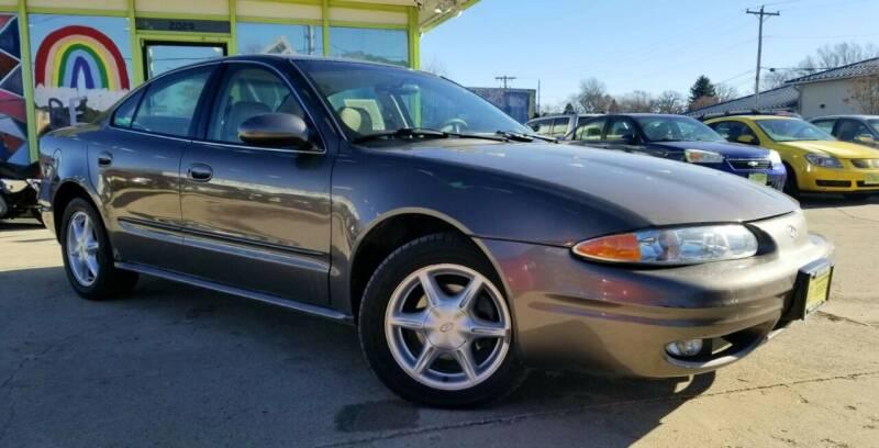 2001 Oldsmobile Alero for sale at Super Trooper Motors in Madison WI