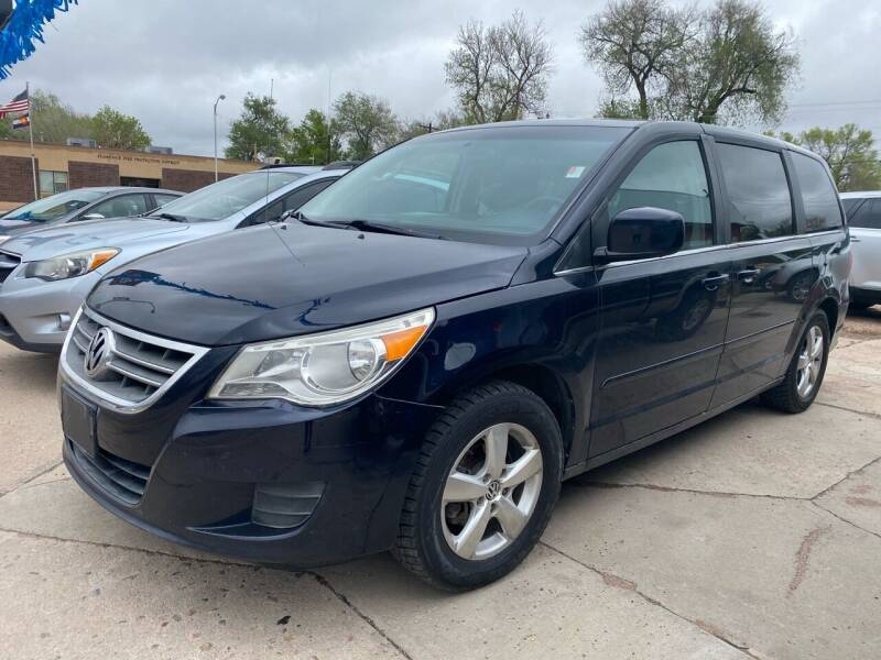 2010 Volkswagen Routan for sale at PYRAMID MOTORS AUTO SALES in Florence CO