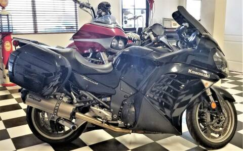 2011 Kawasaki Concours 14 ABS for sale at Vehicle Liquidation in Littlerock CA
