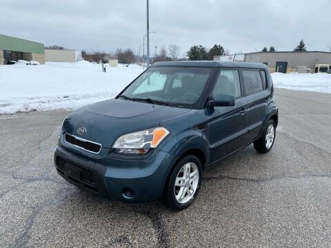2011 Kia Soul for sale at JE Autoworks LLC in Willoughby OH
