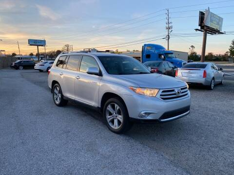 2011 Toyota Highlander for sale at Lucky Motors in Panama City FL