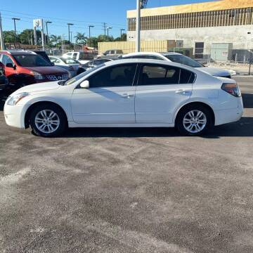 2012 Nissan Altima for sale at GLOBAL MOTOR GROUP in Newark NJ
