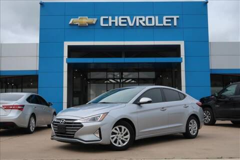2020 Hyundai Elantra for sale at Lipscomb Auto Center in Bowie TX