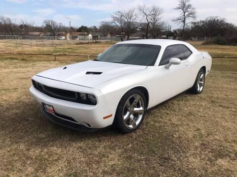 2013 Dodge Challenger for sale at LA PULGA DE AUTOS in Dallas TX