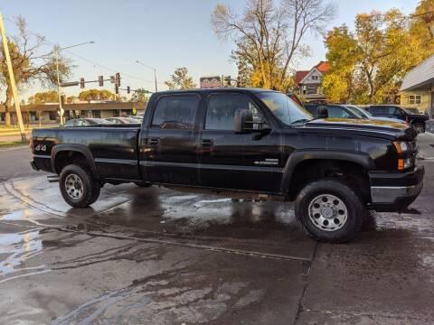 2006 Chevrolet Silverado 2500HD for sale at Corridor Motors in Cedar Rapids IA