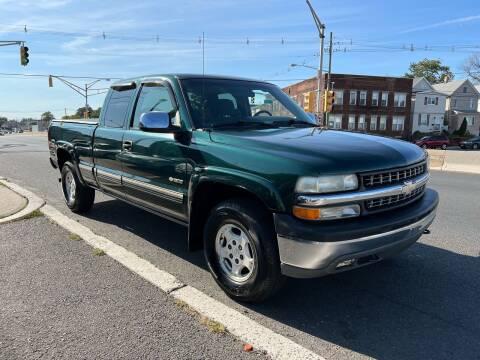 2002 Chevrolet Silverado 1500 for sale at G1 AUTO SALES II in Elizabeth NJ