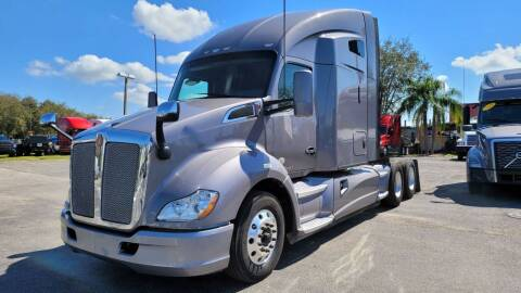 2015 Kenworth T680 for sale at The Auto Market Sales & Services Inc. in Orlando FL