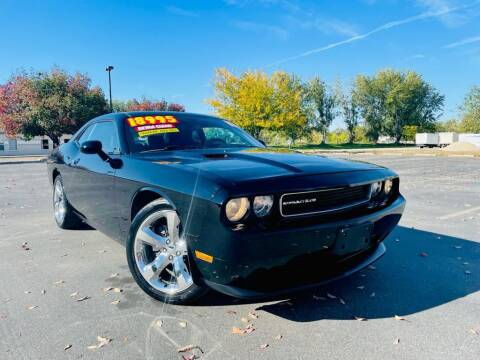 2013 Dodge Challenger for sale at Bargain Auto Sales LLC in Garden City ID