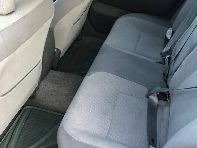 2005 Toyota Prius 4dr Hatchback - Hudson NH