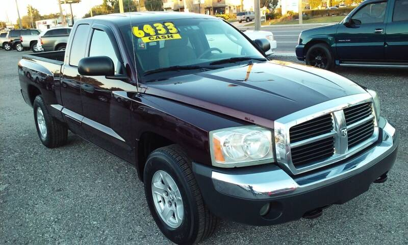 2005 Dodge Dakota for sale at Pinellas Auto Brokers in Saint Petersburg FL
