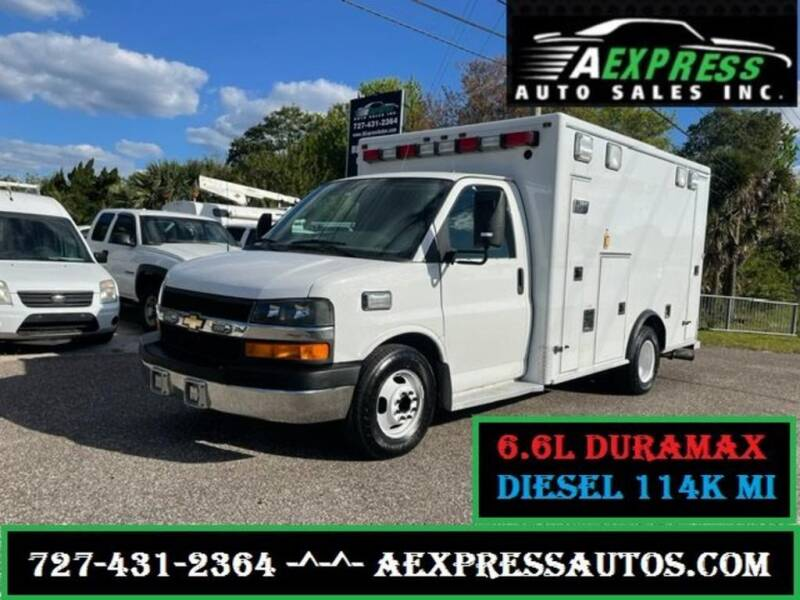 2012 Chevrolet Express Cutaway for sale at A EXPRESS AUTO SALES INC in Tarpon Springs FL