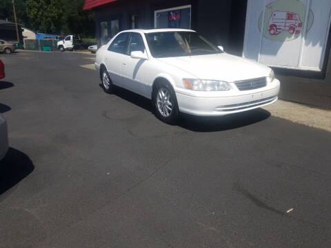 2000 Toyota Camry for sale at Bonney Lake Used Cars in Puyallup WA