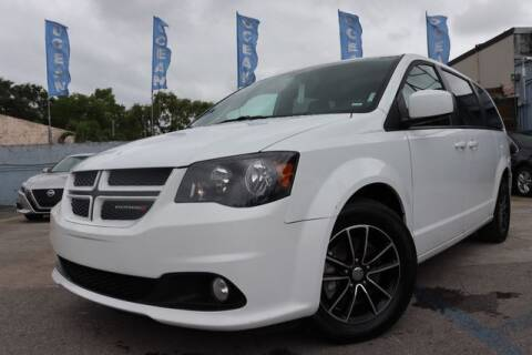 2018 Dodge Grand Caravan for sale at OCEAN AUTO SALES in Miami FL