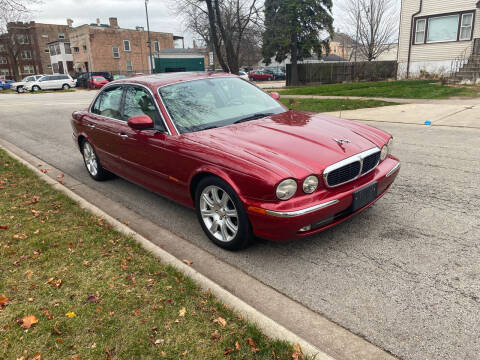 2004 Jaguar XJ-Series for sale at RIVER AUTO SALES CORP in Maywood IL