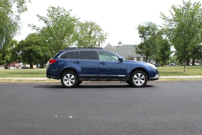 2011 Subaru Outback for sale at Lexington Auto Club in Clifton NJ