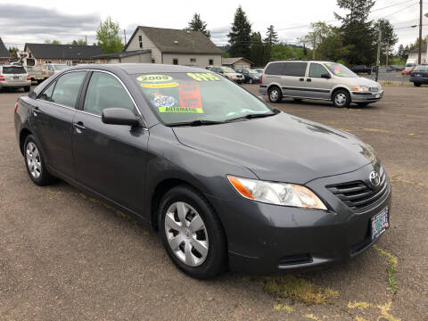 2009 Toyota Camry for sale at Freeborn Motors in Lafayette, OR