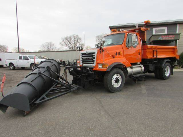 2002 Sterling L8500 Series for sale in St Cloud, MN