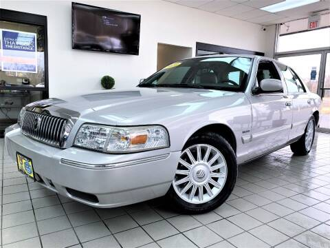 2010 Mercury Grand Marquis for sale at SAINT CHARLES MOTORCARS in Saint Charles IL