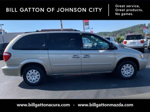 2005 Chrysler Town and Country for sale at Bill Gatton Used Cars - BILL GATTON ACURA MAZDA in Johnson City TN