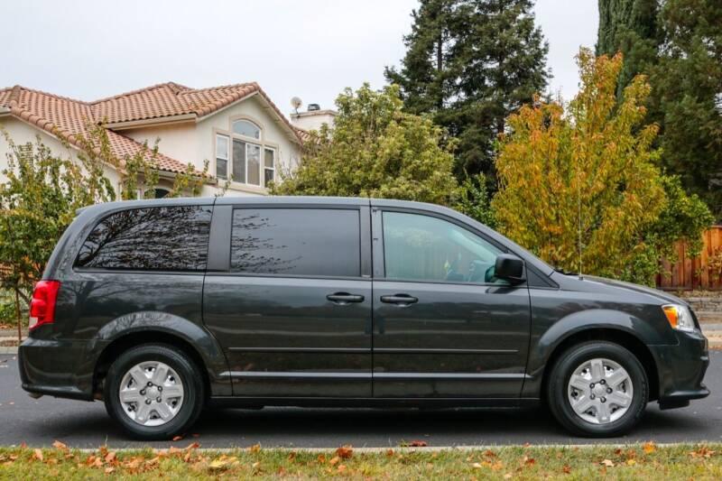 2012 Dodge Grand Caravan for sale at California Diversified Venture in Livermore CA