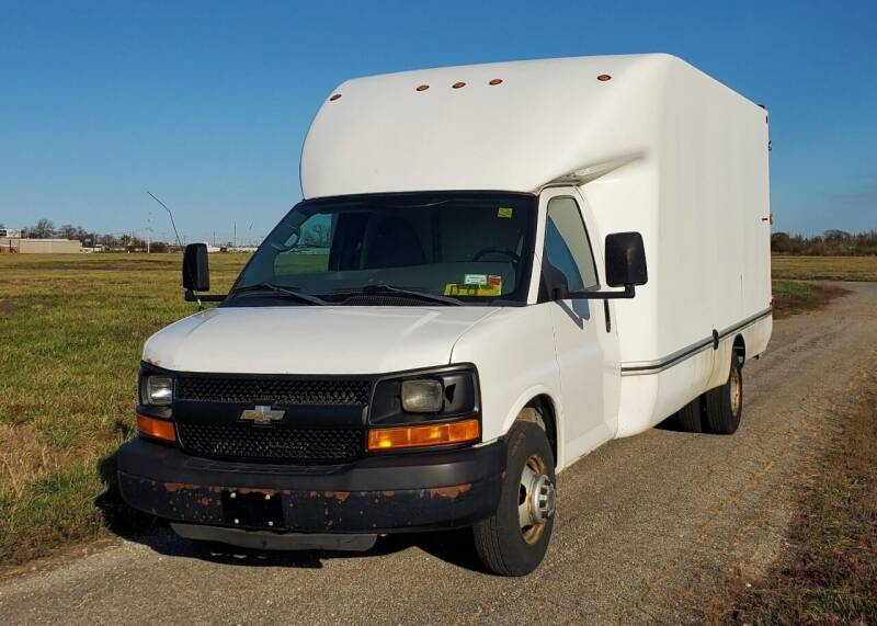 2010 Chevrolet Express Cutaway for sale at A F SALES & SERVICE in Indianapolis IN