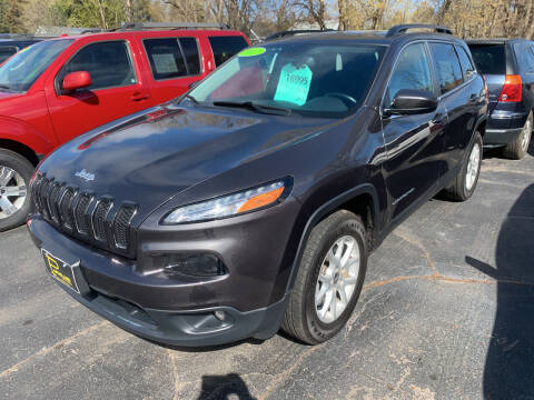 2017 Jeep Cherokee for sale at PAPERLAND MOTORS - Fresh Inventory in Green Bay WI