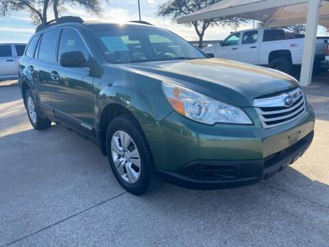 2011 Subaru Outback for sale at Thornhill Motor Company in Hudson Oaks, TX