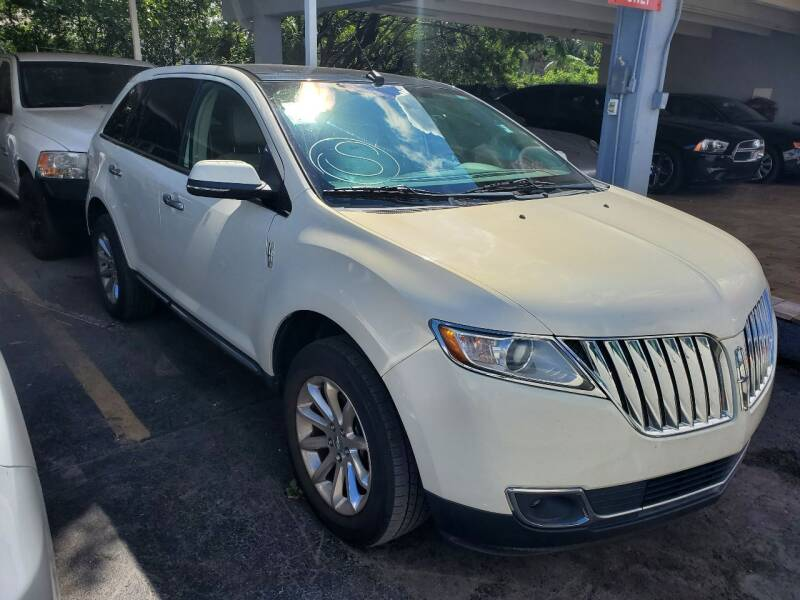 2013 Lincoln MKX for sale at America Auto Wholesale Inc in Miami FL