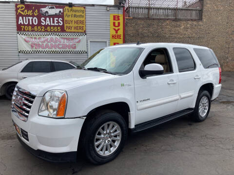 2008 GMC Yukon for sale at RON'S AUTO SALES INC in Cicero IL