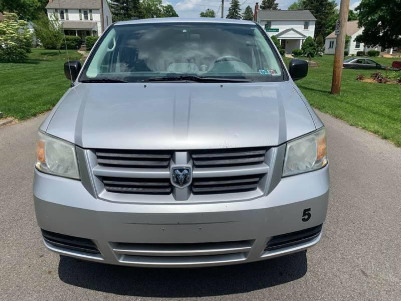 2009 Dodge Grand Caravan for sale at Via Roma Auto Sales in Columbus OH