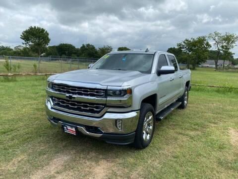 2018 Chevrolet Silverado 1500 for sale at LA PULGA DE AUTOS in Dallas TX