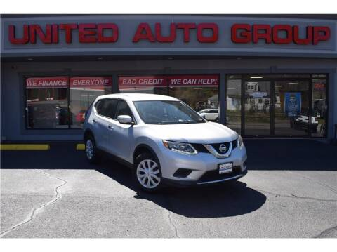 2015 Nissan Rogue for sale at United Auto Group in Putnam CT