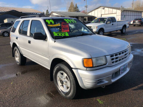 1999 Isuzu Rodeo for sale at Freeborn Motors in Lafayette, OR