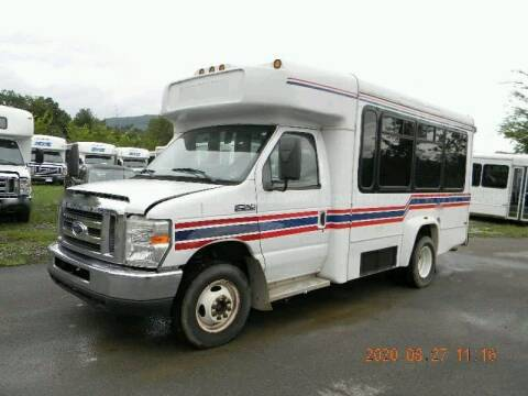 2010 Ford E-350 Shuttle Bus for sale at Allied Fleet Sales in Saint Charles MO