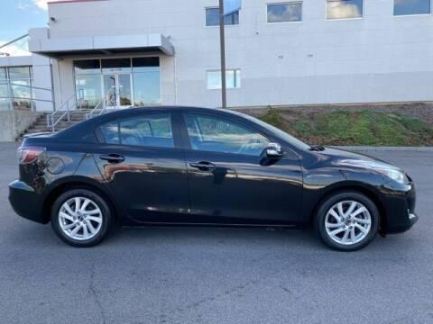 2013 Mazda MAZDA3 for sale at Bill Gatton Used Cars - BILL GATTON ACURA MAZDA in Johnson City TN